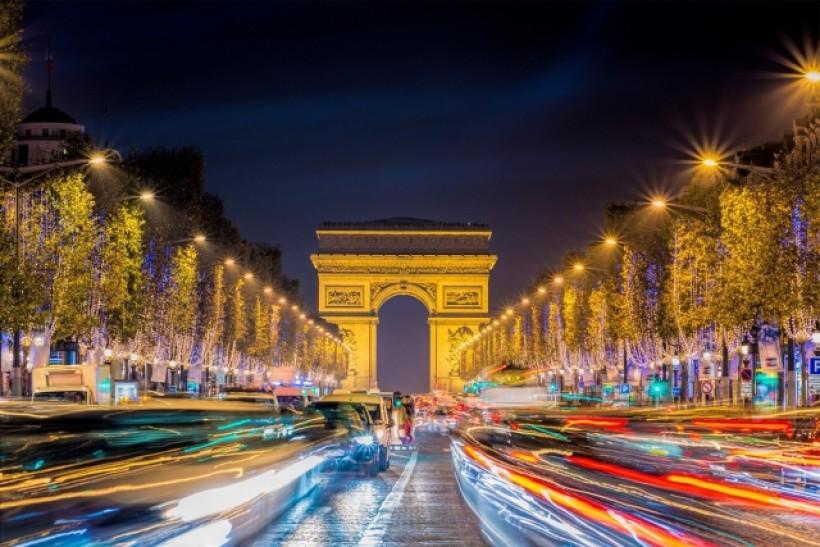La ville lumière en fêtes - Paris (75)